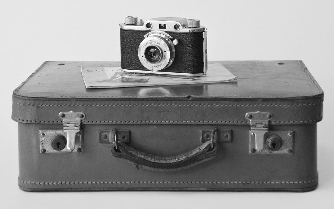 suitcase image Marie de Wulf reinvent herself Coach2moveon